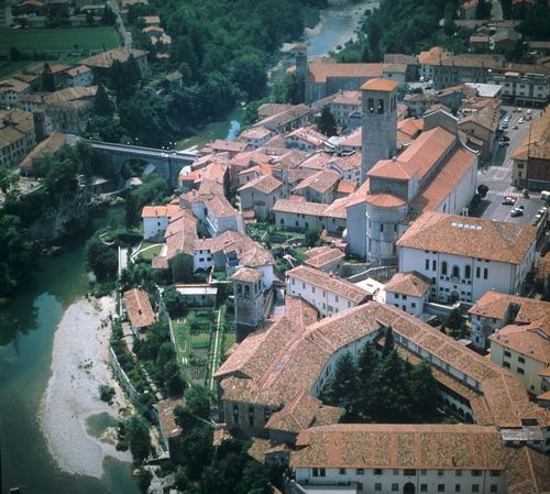 cividale-del-friuli-the-gastaldaga-and-the-episcopal-complex-aerial-view-ofthe-site-2
